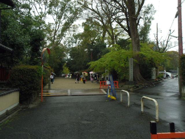 下鴨神社 駐車場 西門