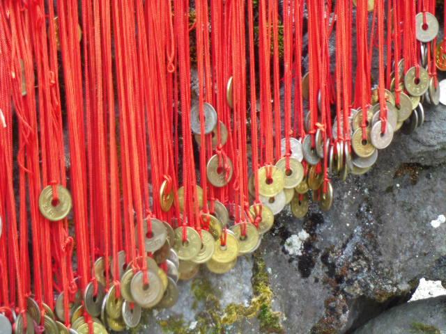 出雲大神宮 赤い糸